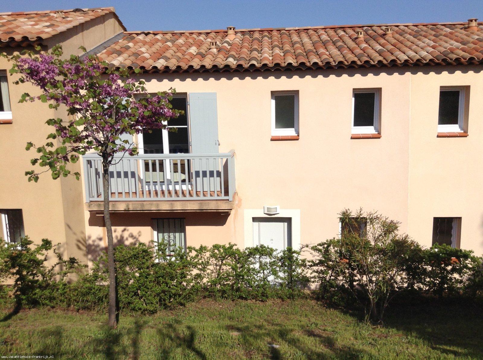Vakantiehuis: Villa Azur, een mooi huis in een vredige en rustige omgeving met een prachtig uitzicht op zee van de baai van St Tropez. te huur voor uw vakantie in Var (Frankrijk)