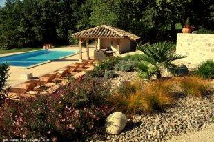 Bouteille dans le Bois, 6 personen. <br>Het zwembad met poolhouse en riante terrassen!