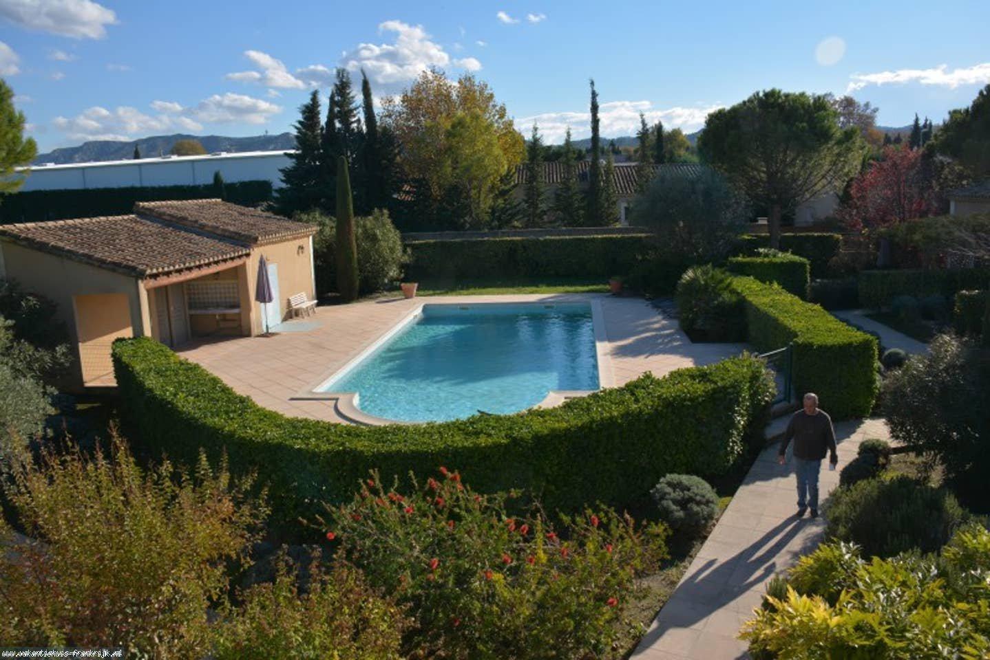 Vakantiehuis: rustig gelegen gezellige vakantiewoning voor 5 personen in Saint-Remy-de-Provence te huur voor uw vakantie in Bouches du Rhone (Frankrijk)