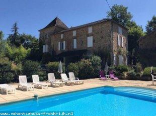 Vakantiehuis: Charmant vakantiehuis met zwembad in de Lot/Dordogne,  T'able D'Hotes  mogelijk ,  100% annulering IVM Corona  Mogelijk te huur in Dordogne (Frankrijk)