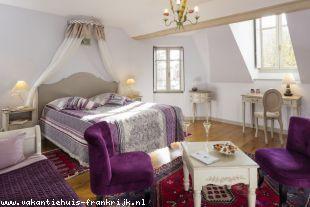 Vakantiehuis: Allier - Prachtig oud monumentaal  pand met  8 gastenkamers. ** NIEUW ** te huur in Allier (Frankrijk)