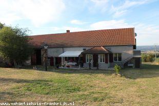 Vakantiehuis: Echassières – Mooi verbouwde woonboerderij met prachtig uitzicht. ** NIEUW ** te huur in Allier (Frankrijk)