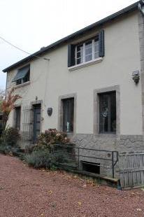 Vakantiehuis: Durmignat – Gezellig woonhuis op  7730 m2  grond met een  leuk uitzicht. ** NIEUW ** te huur in Puy de Dome (Frankrijk)