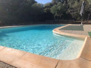 3 brede treden in zwembad