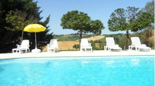 Maison Cazac <br>The swimming pool