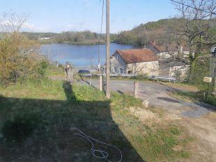 uitzicht oost op t meer <br>vanuit de woonkamer heeft u dit prachtige uitzicht op het meer